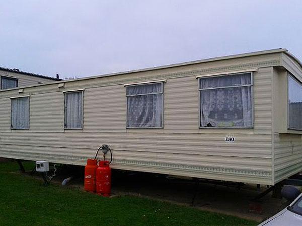Popular  Static Caravan Holiday Hire At The Gap East Runton Cromer Norfolk
