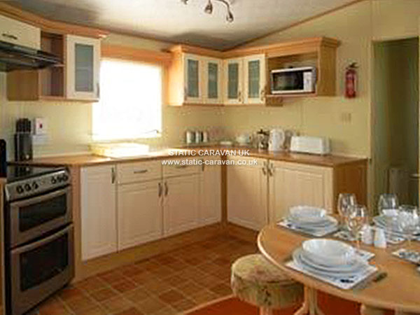 UK Private Static Caravan Holiday Hire at Hoburne Bashley, New Milton, Hampshire