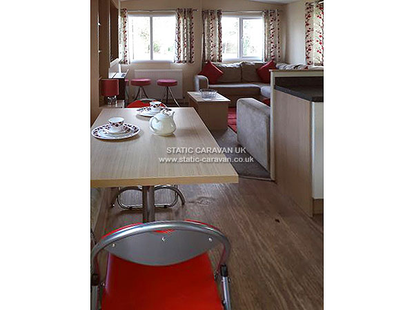 UK Private Static Caravan Holiday Hire at Oakdene Forest Park, St.Leonards, Dorset