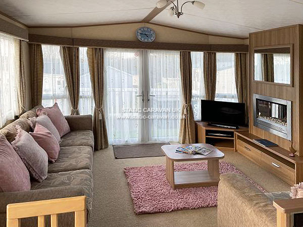 UK Private Static Caravan Holiday Hire at White Acres, Nr Newquay, Cornwall