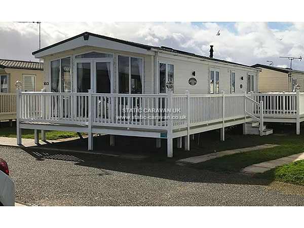 Wonderful  Caravan Holiday Hire At Golden Sands Kinmel Bay Rhyl Denbighshire