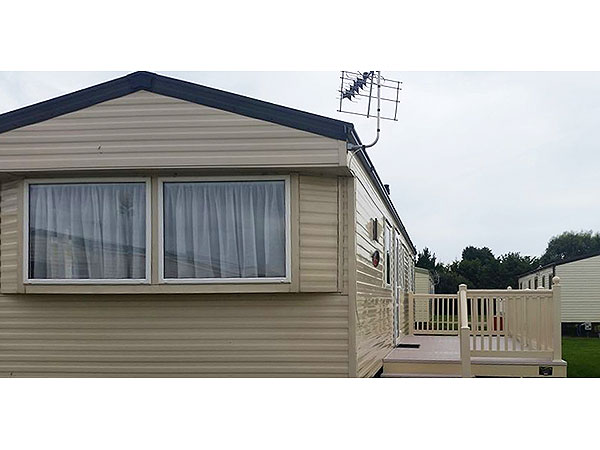 UK Private Static Caravan Holiday Hire at Romney Sands, New Romney, Greatstone, Kent