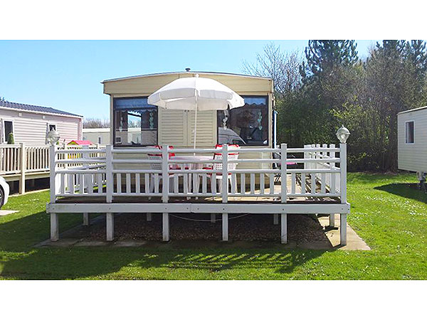 Fantastic Static Caravan For Hire At Thorpe Park In Cleethorpes