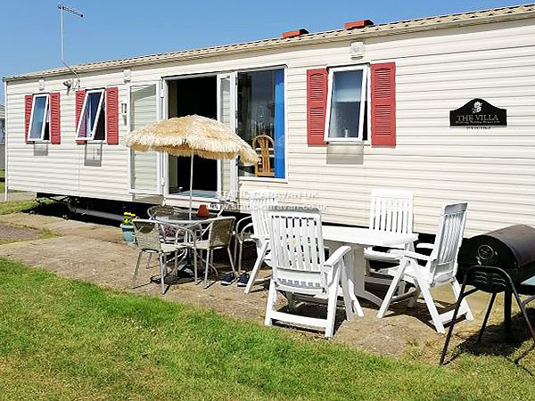 UK Private Static Caravan Holiday Hire at Orchards, Clacton-on-Sea, Essex