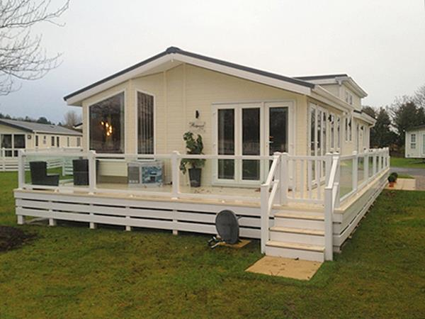 Excellent UK Private Static Caravan Holiday Hire At Haggerston Castle Berwick