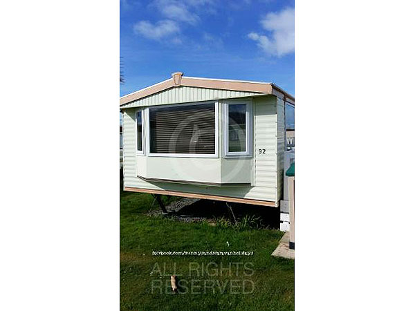 Fantastic Bedroom Caravan For Hire At Sunnysands Barmouth