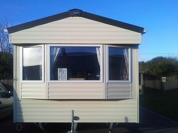 Excellent Stayed For 4 Nights In September Caravan Was Very Clean, Comfortable And Well Equipped I Always Take Cleaning Products Etc But They Were Provided Here, Even Cloths, Tea Towels, Washing Up Liquid And Hand Soap Site Is Central And