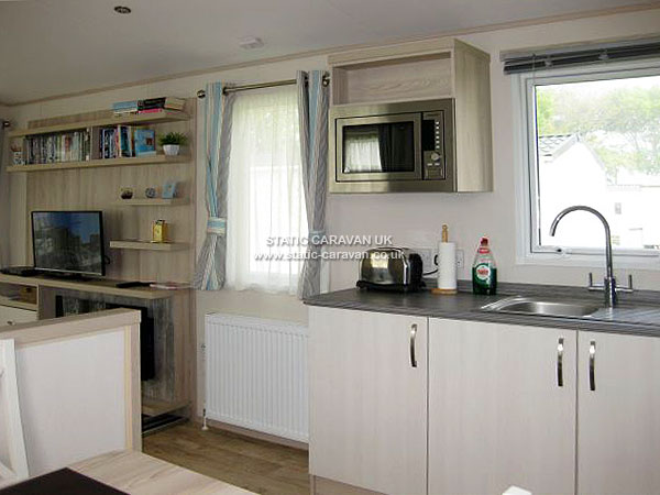 Perfect  Caravan Holiday Hire At Shorefield Country Park Milford On Sea