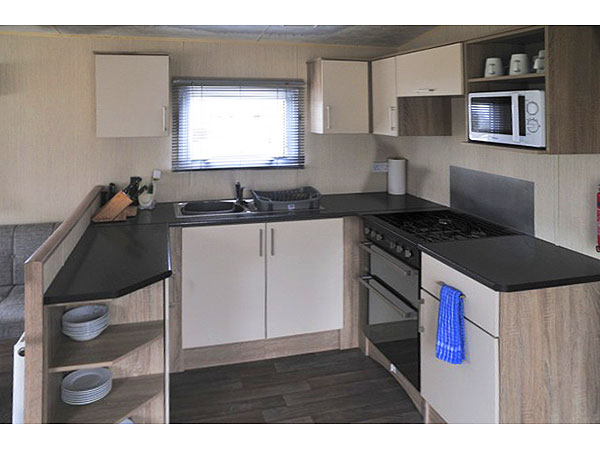 UK Private Static Caravan Holiday Hire at Bideford Bay, Bucks Cross, Bideford, Devon