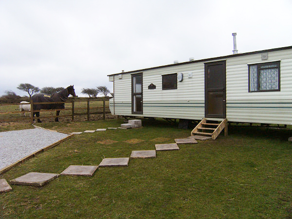 Model Looking For Holiday Caravans To Rent In Cornwall