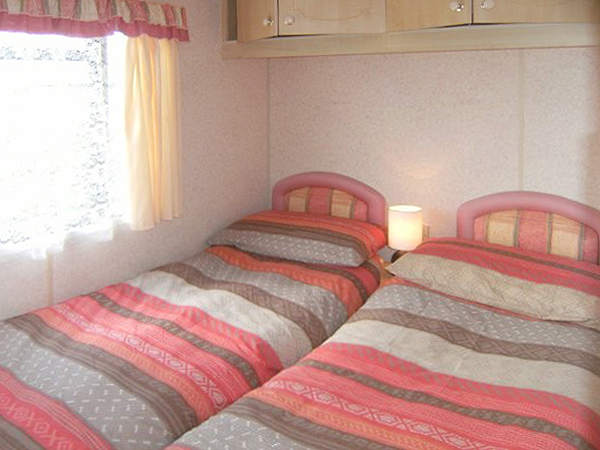 UK Private Static Caravan Holiday Hire at Penmarth, Nr Falmouth, Cornwall