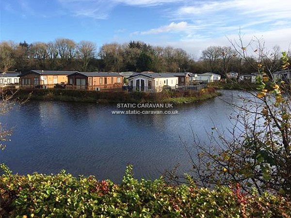 UK Private Static Caravan Holiday Hire at Woodland Vale, Nr Narberth, Pembrokeshire, South Wales