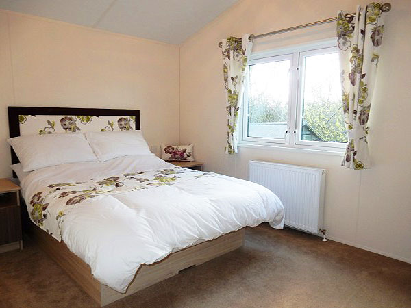 UK Private Static Caravan Holiday Hire at Bodafon Park, Benllech, Anglesey, North Wales