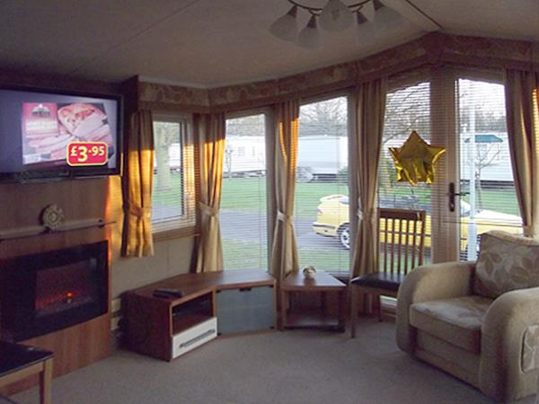 Static Caravan For Hire At Thorpe Park In Cleethorpes