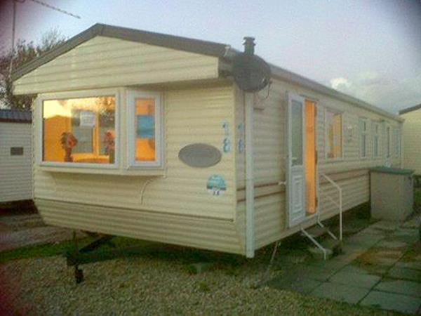 Awesome  Static Caravan Holiday Hire At Marton Mere Blackpool Lancashire