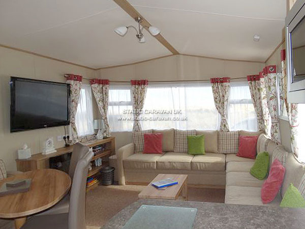 UK Private Static Caravan Holiday Hire at Seashore, Great Yarmouth, Norfolk