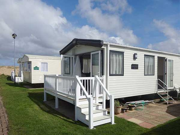 Elegant UK Private Static Caravan Holiday Hire At Caister On Sea Great