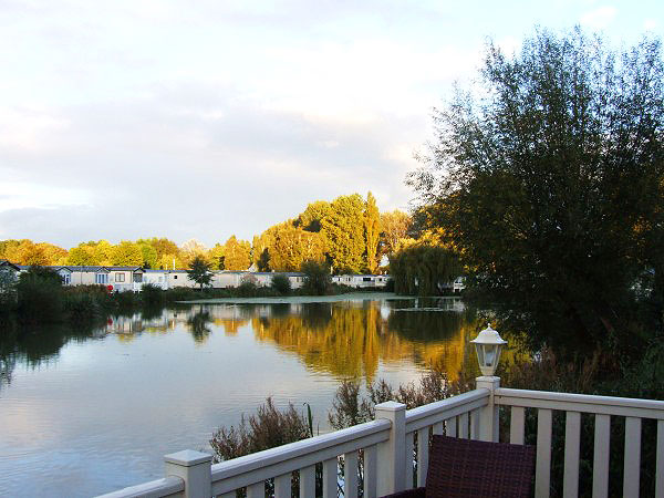 UK Private Static Caravan Holiday Hire at Hoburne Cotswold, Cirencester, Gloucestershire