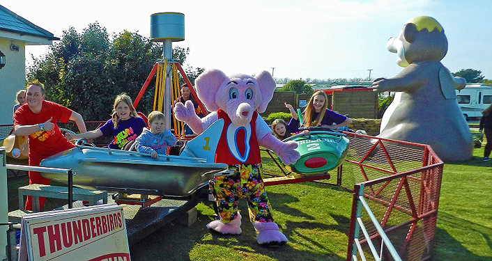 Luxury Harlyn Sands Holiday Park Photo Harlyn Sands The Caravan Park Is 10