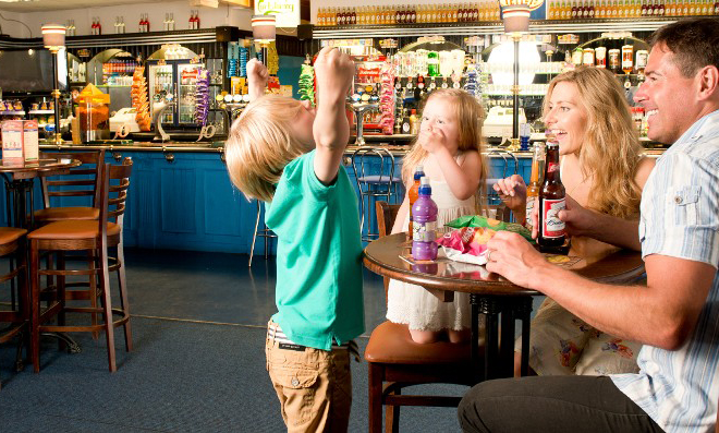 Sandy glade static caravan holiday park hire - Holiday homes in somerset with swimming pool ...