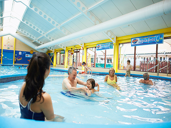 Seton sands static caravan holiday park hire - Scotland holiday homes with swimming pool ...