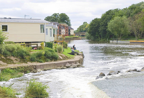 Lastest  Static Caravan Holiday Hire At Weir Meadow Evesham Worcestershire